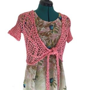 Hand Crocheted Pink Short-sleeved Tie-up Shrug